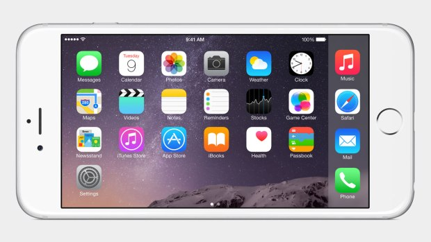 There are exclusive iPhone 6 iOS 8 features like landscape mode and Apple Pay.