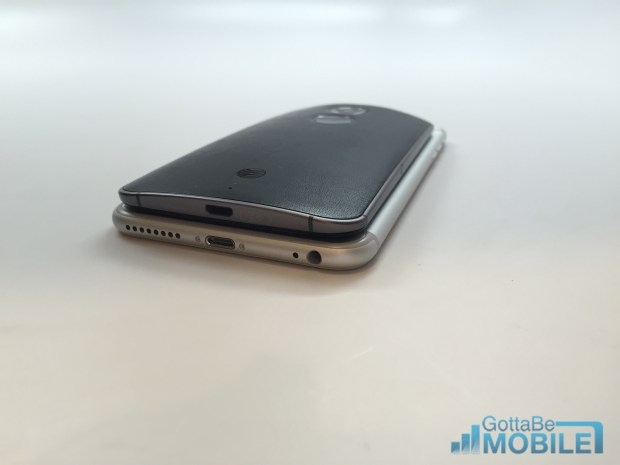 Here's how the Moto X 2014 and IPhone 6 plus specs compare.