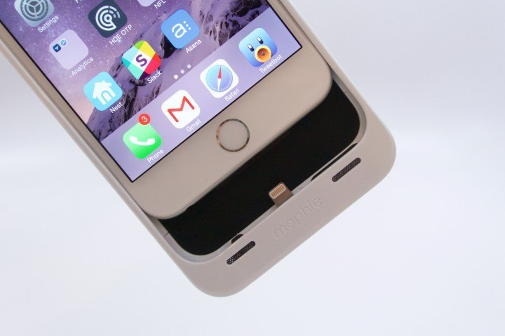 Mophie iPhone 6 Plus Case Review -  6