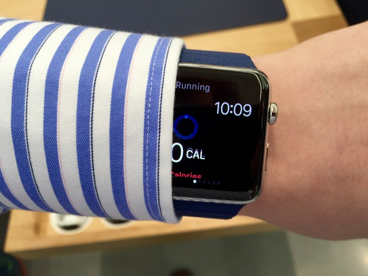 Here's what I learned after using the Apple Watch for an hour.