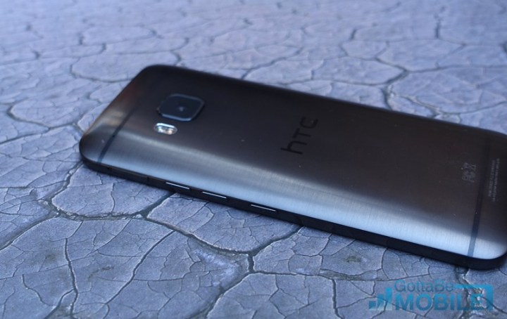 HTC-One-M9-Review-buttons-L
