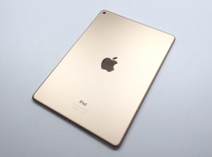 iPad Air 2 iOS 8.3 Review - 1