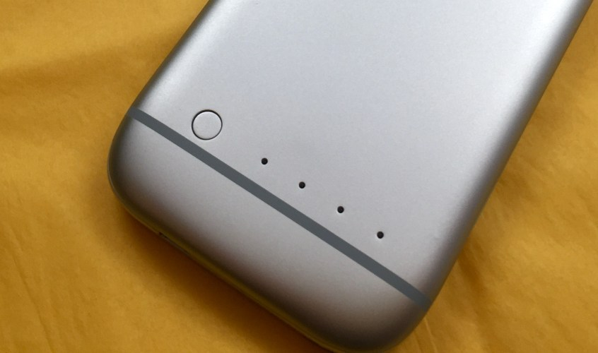 iPhone 6 PowerSkin Spare Review - 1