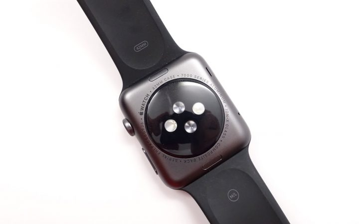 The back of the Apple Watch includes a heart rate monitor and there are options to switch bands.