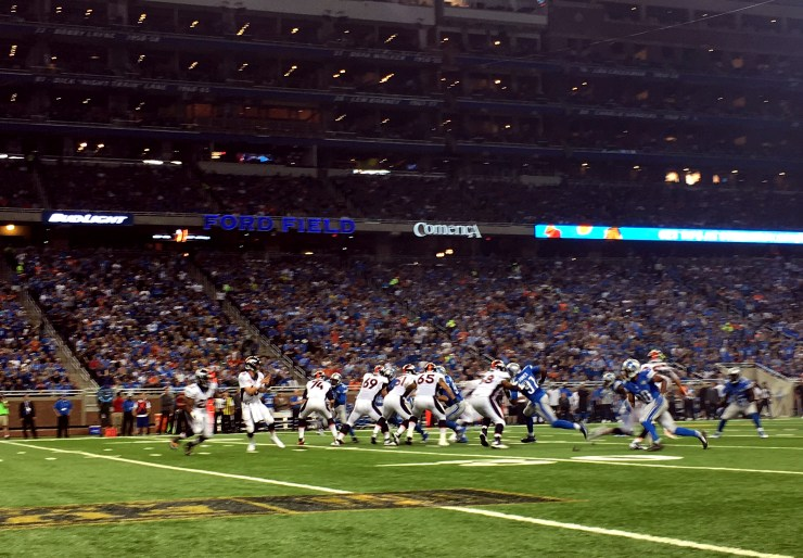 iPhone 6 Plus Photo Samples NFL Lions vs Broncos - 24