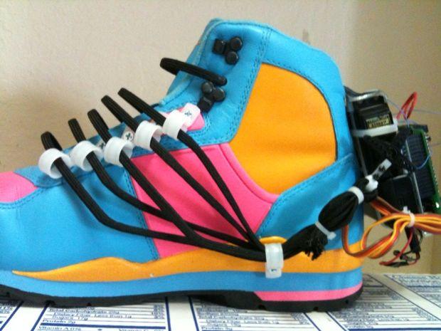 auto-lace-shoes
