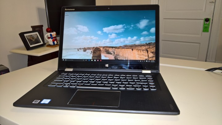 Lenovo Yoga 700 Review Refined & Worth The Price (1)