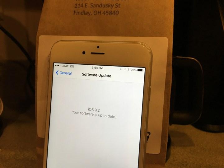 iPhone 6 Plus iOS 9.2 reviews - 3