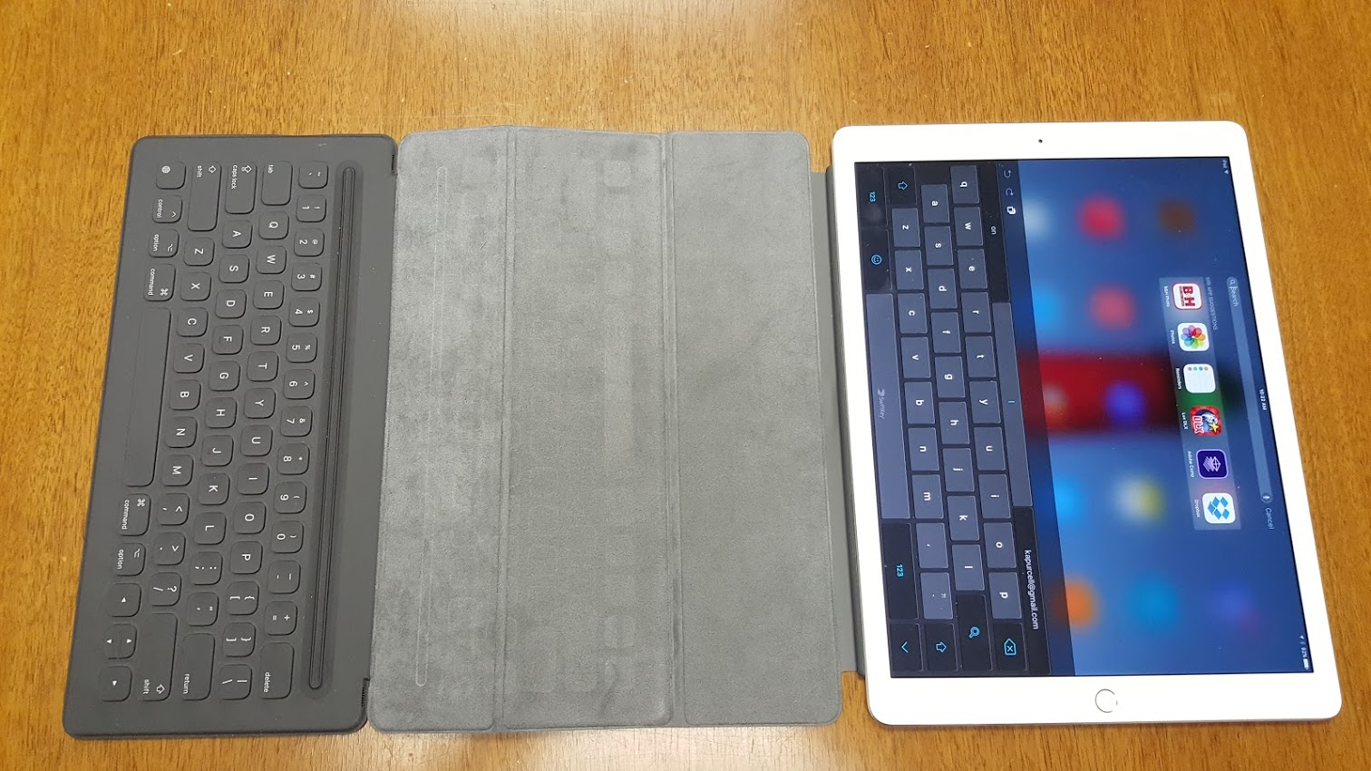 can you hook up a regular keyboard to an ipad