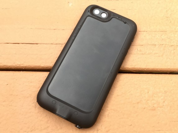 Mophie Juice Pack H2Pro Review iPhone 6s Plus Waterproof Battery Case - 5