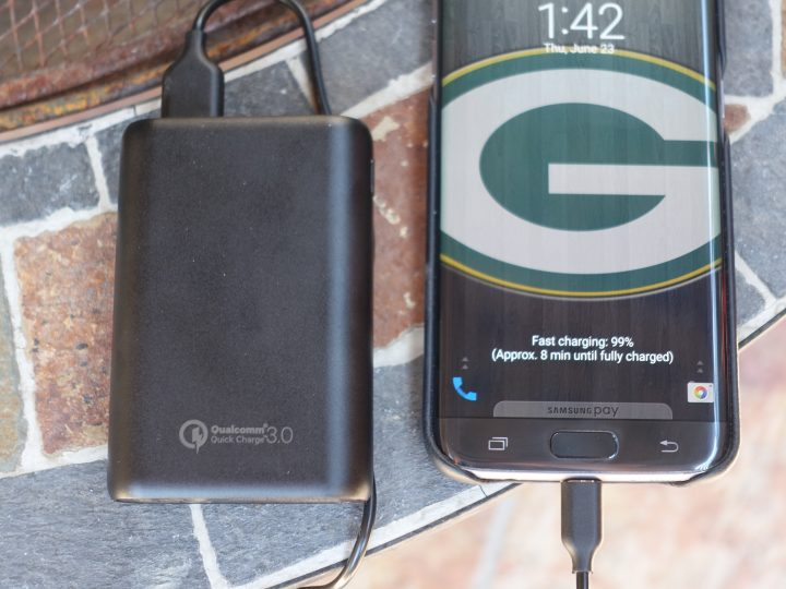 The Powercore 10,000 Supports Quick Charge 3.0