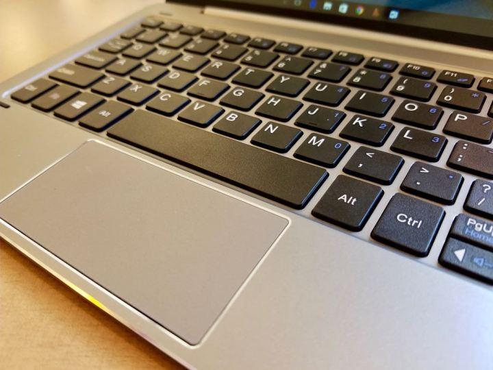 chuwi hibook dual boot 2 in 1 keyboard