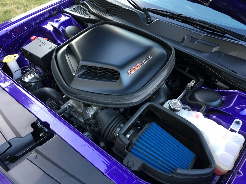 2016 Dodge Challenger Review - HEMI Scat Pack Shaker - 9