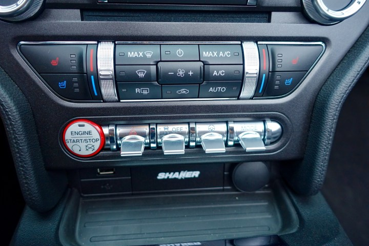 Control the driving modes in the 2016 Mustang GT.