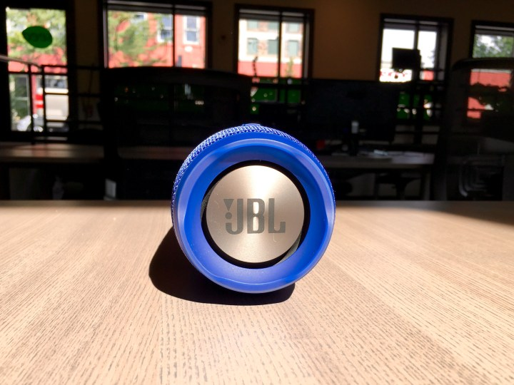 JBL Charge 3 Review - Waterproof Bluetooth speaker - 6
