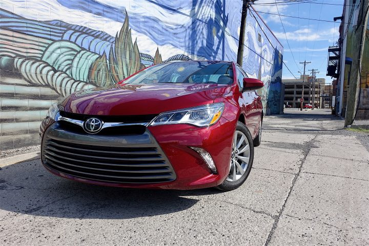 2016 Toyota Camry Review - 4