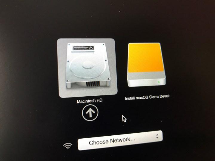 Start the macOS Sierra clean install.