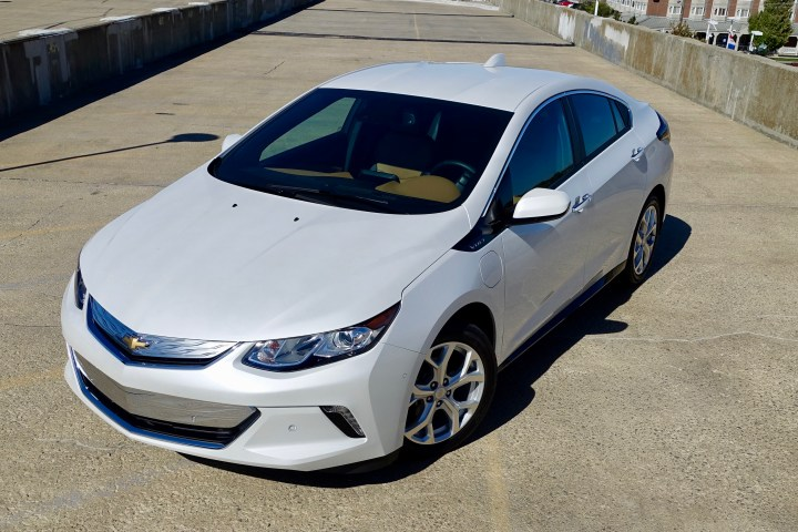 The 2017 Chevy Volt doesn't try hard to look like a special electric car, it's simply a good looking car that includes electric and gas power.