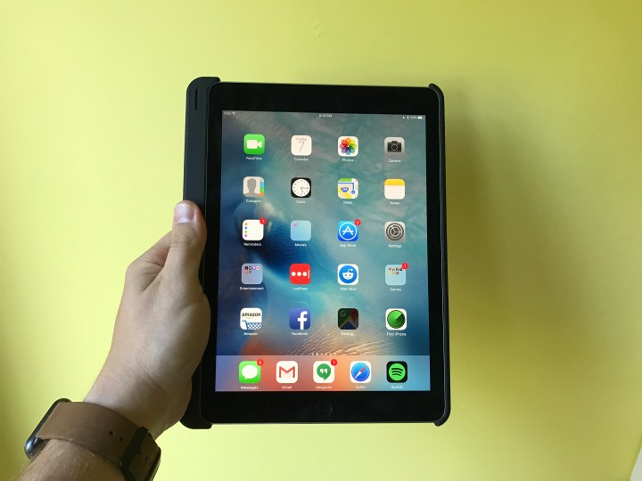 The slightly larger lip on the left side offers an easy place to hold the iPad Pro.