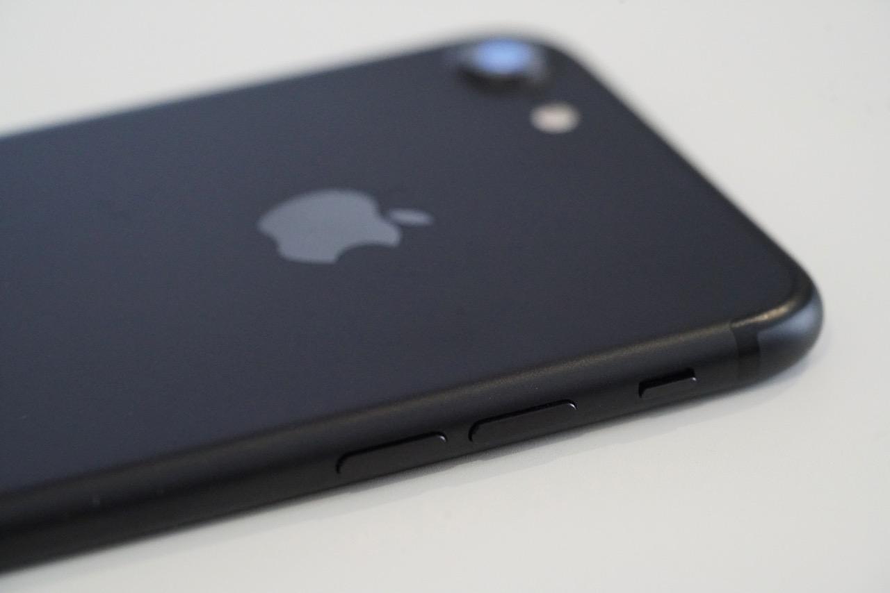 iphone 7 how to turn off siri