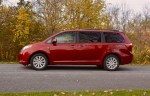 2017-toyota-sienna-review-5