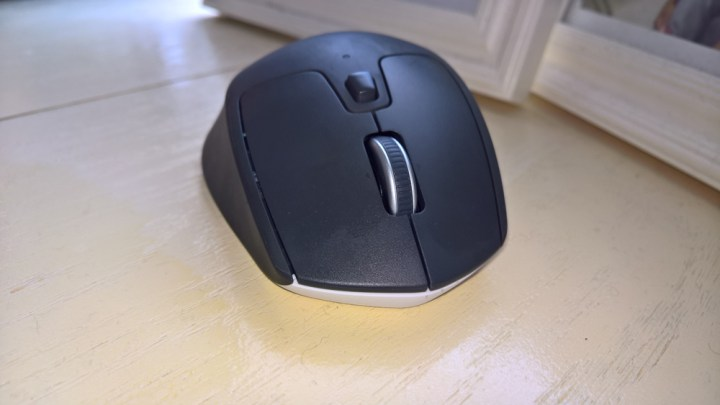 logitech-m720-triathlon-mouse-04