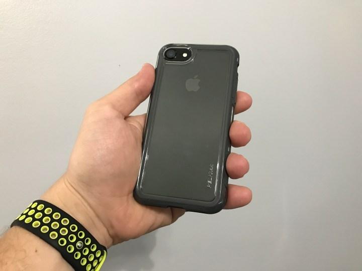 Pelican Adventurer iPhone 7 Case