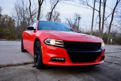 2016-dodge-charger-sxt-review-13