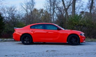 2016-dodge-charger-sxt-review-8