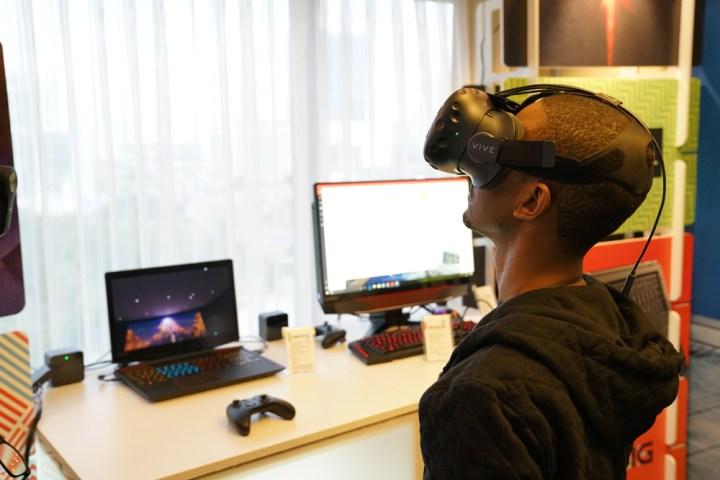 lenovo-vr-gaming-headset-3