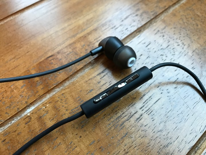 Th earbuds are comfortable and the in-line control is easy to use.