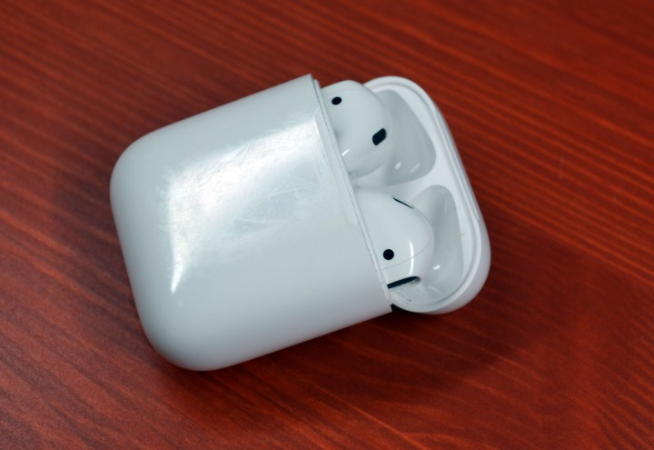 The AirPods battery life is good thanks to the ability to charge in the case.