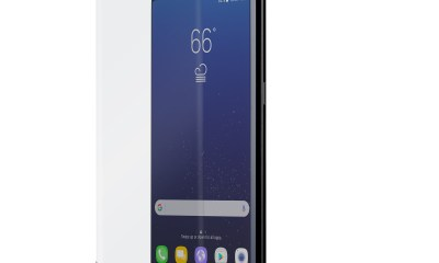 The Moshi Galaxy S8 screen protector is strong and helps keep fingerprints off your phone screen.
