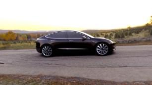 Tesla Model 3 - 1
