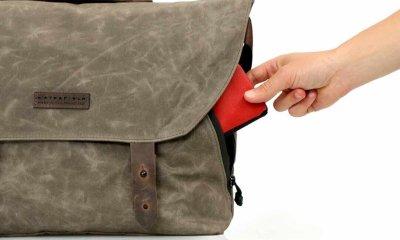 vitesse messenger bag side pocket