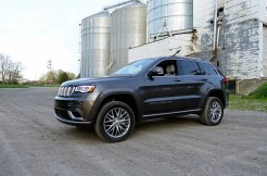 2017 Jeep Grand Cherokee Review - Lifted