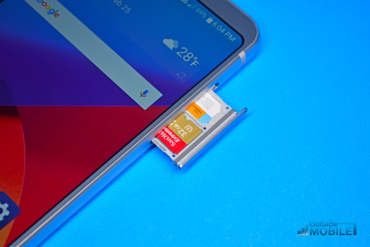 Add storage with the LG G6 microSD card slot.