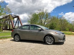 2017 Toyota Corolla Review - side 2