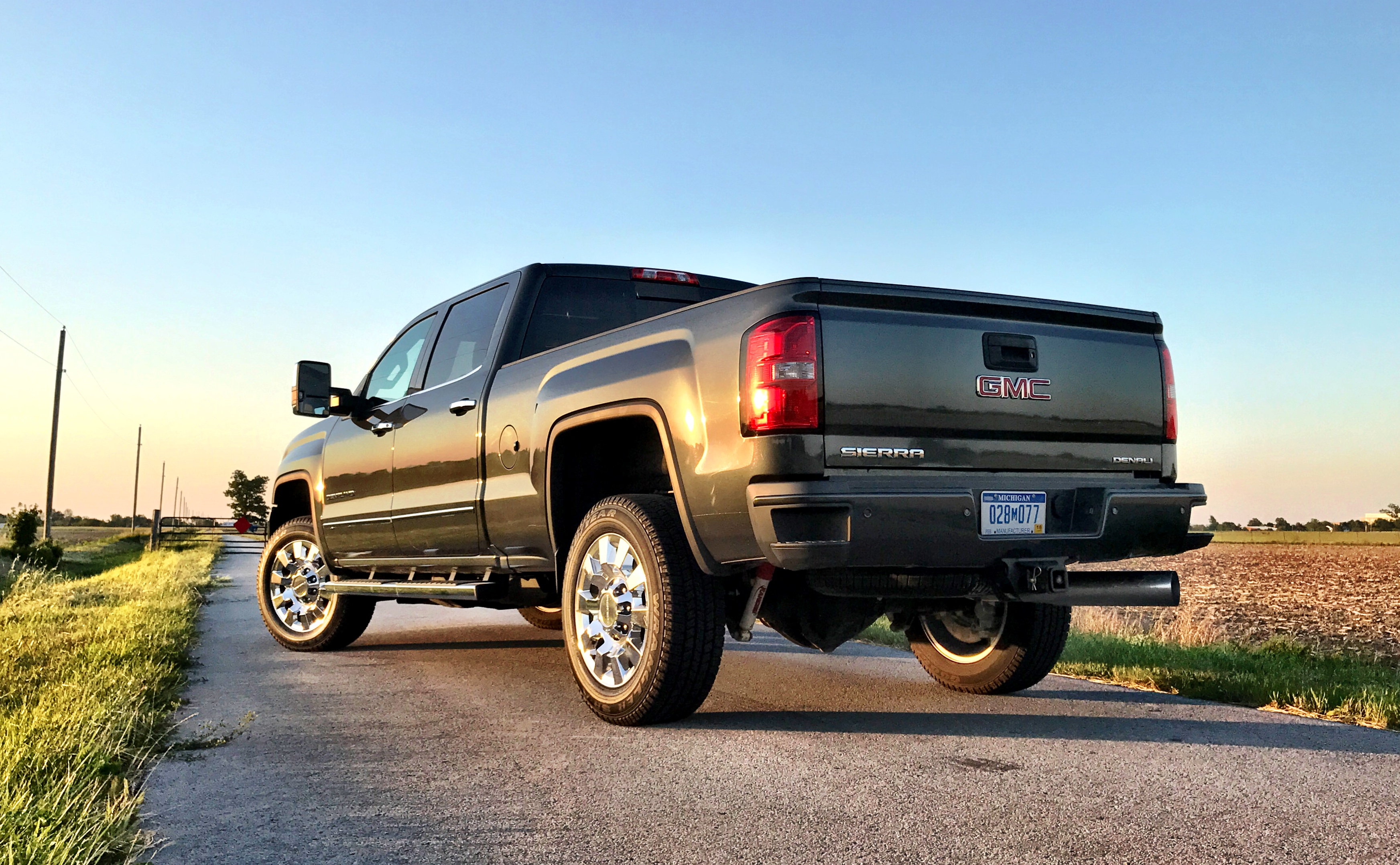introduces allterrain all us pages used may at content sierra detail en gmc terrain hd sierrahd vehicles news media