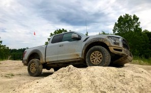 2017 Ford Raptor Review - 6