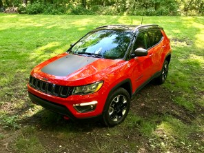 2017 Jeep Compass Trailhawk Review - 4