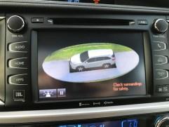 2017 Toyota Highlander Review - 17