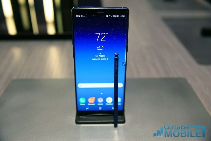 How to Change the Galaxy Note 8 Lockscreen & Wallpaper