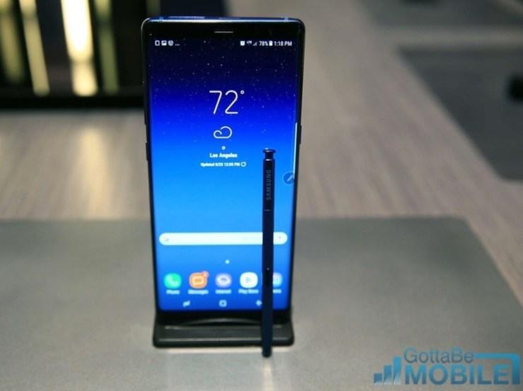 Galaxy Note 8 vs LG V30: Design