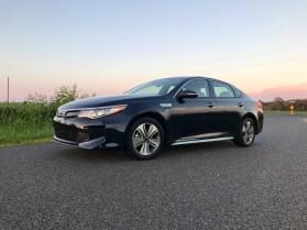 2017 Kia Optima PHEV Review - 16