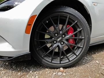 2017 Mazda MX-5 Miata RF Review - 11