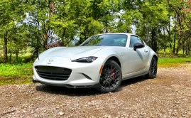 2017 Mazda MX-5 Miata RF Review - 26