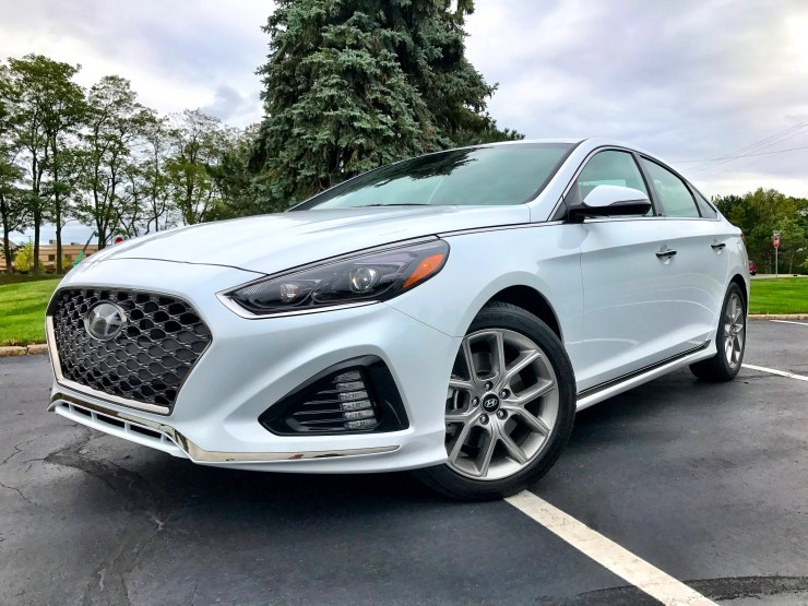 With a new look, beautiful grille, upgraded suspension and a new transmission the new Sonata offers a lot of upgrades for buyers.