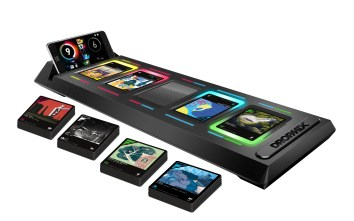 Hottest Toys 2017 - DROPMIX Board
