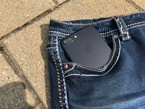 iPhone 7 Plus in Pocket